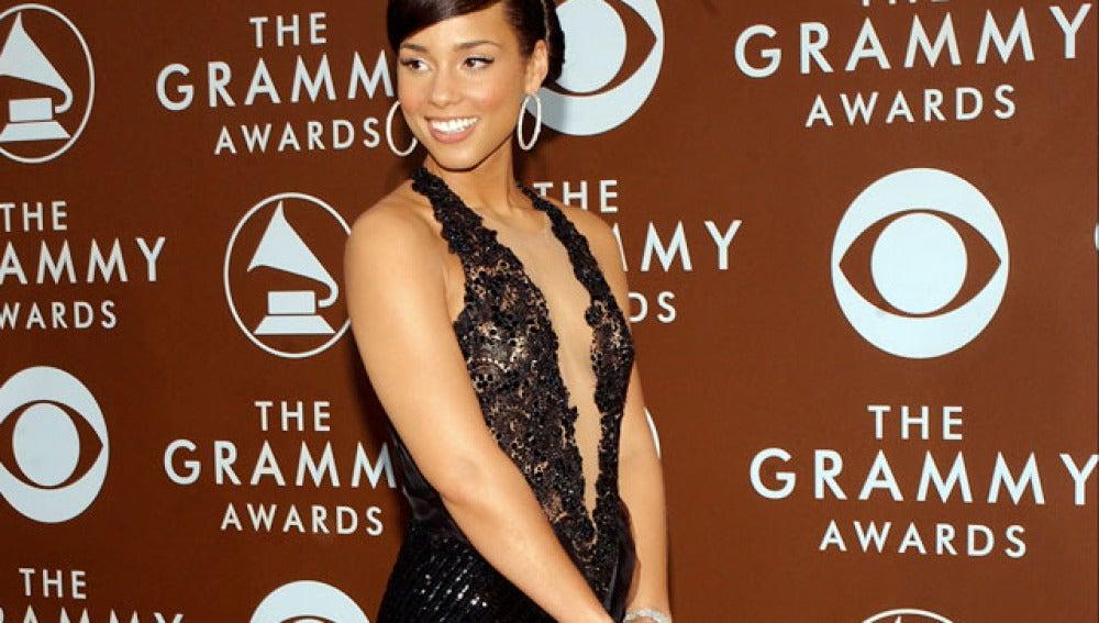 Armani vestirá a Alicia Keys