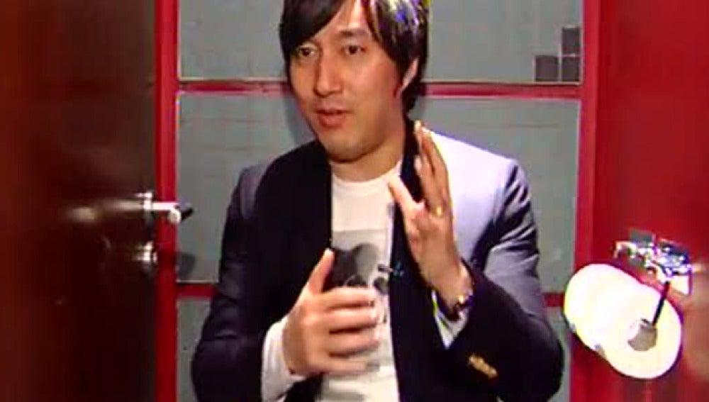 Antena 3 entrevista a Goichi Suda