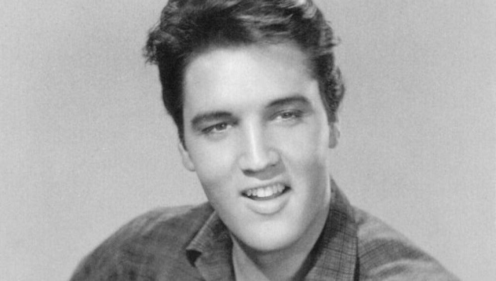 Elvis murió de estreñimiento