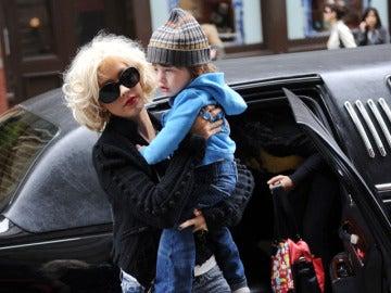 Christina Aguilera con su hijo Max