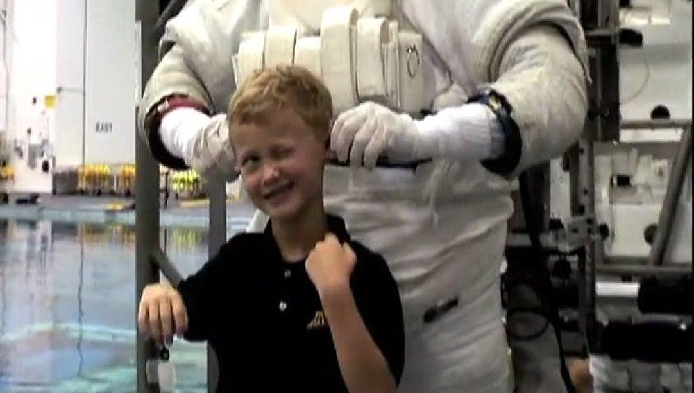 'El hijo y la Luna. Diario de un astronauta'