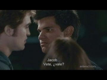 """Nuevo avance de 'Eclipse': """"He besado a Bella"""""""