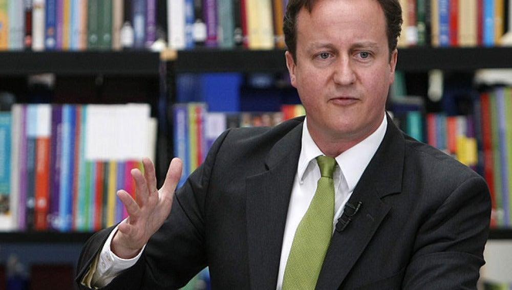 David Cameron durante una charla