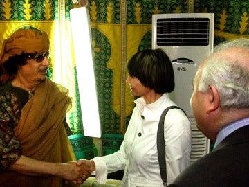 Moratinos y su homologa suiza con Gadafi
