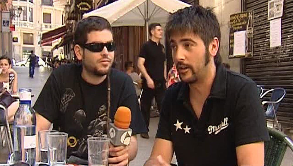 Antena 3 entrevista a Estopa