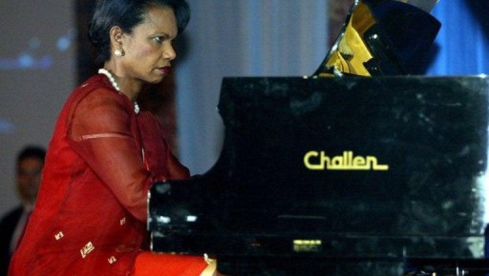 Condoleezza Rice, al piano