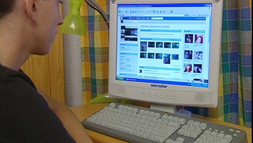 Un usuario conectado a la red de Tuenti