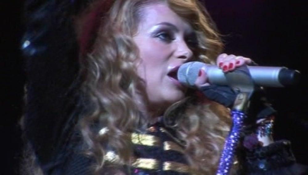 Arena Mix se cuela en el concierto de Paulina