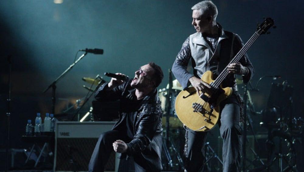 "Bono durante la gira ""360º"""