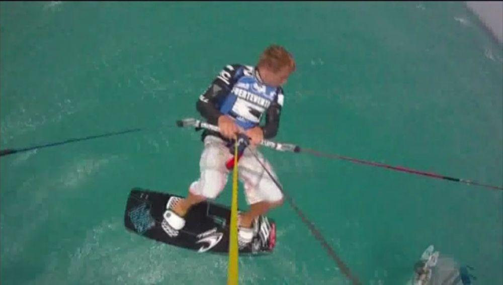 Espectáculo  en el campeonato de Kite-Surfing de Fuerteventura