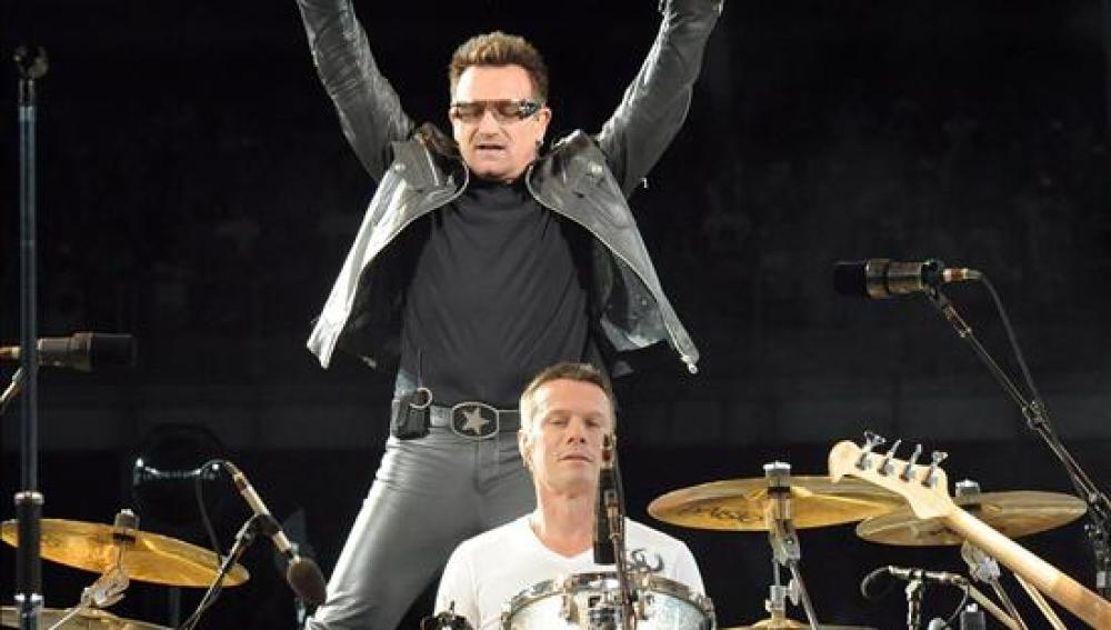 U2 retoma su gira en Turín