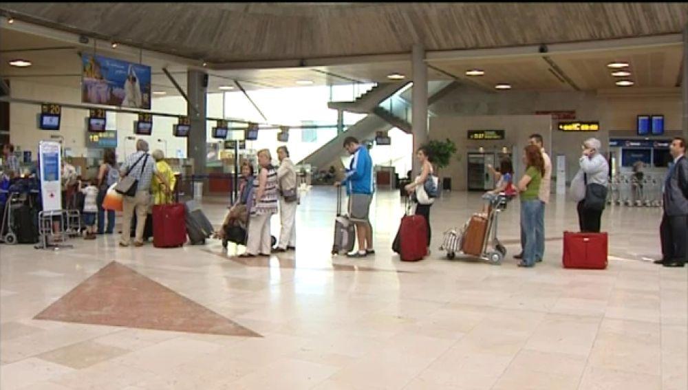 Los empresarios hoteleros hablan de catástrofe turística si la huelga se lleva a cabo y ya se plantean demandar a los controlado