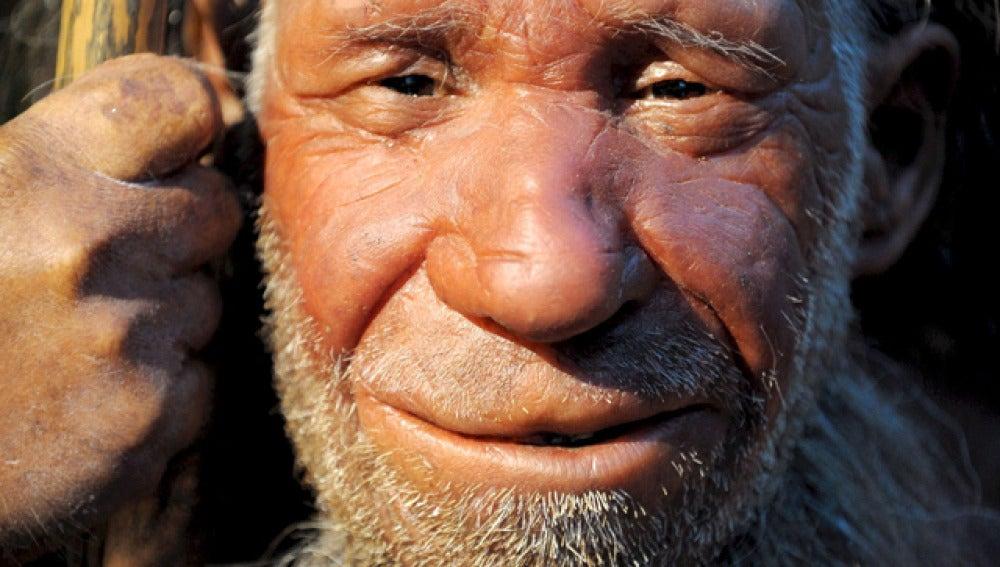 Recreación de un anciano hombre de Neandertal