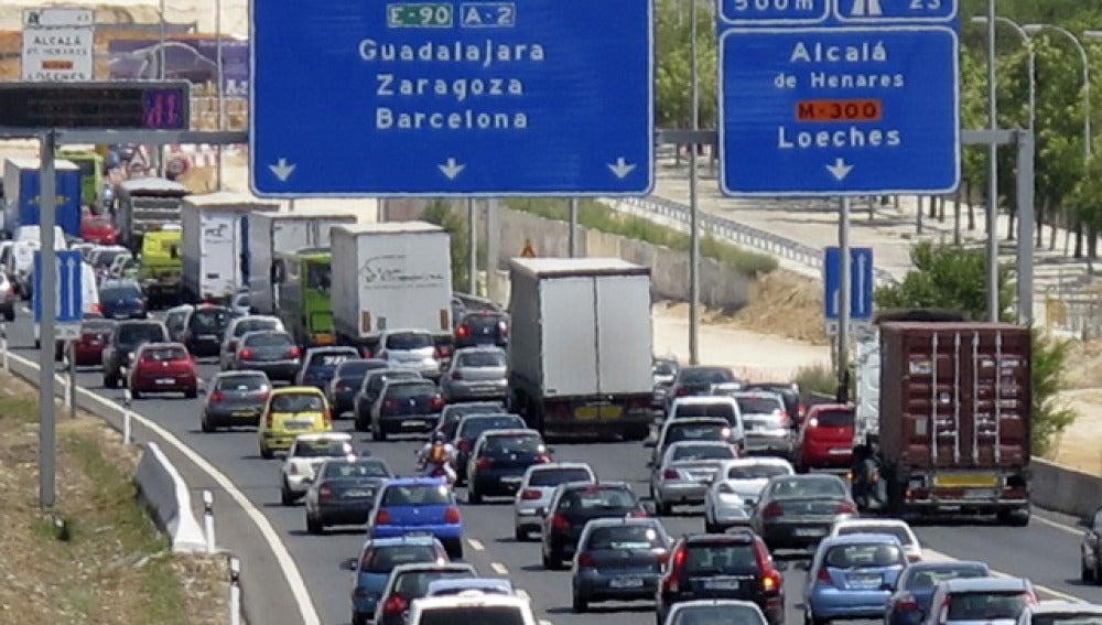 Tráfico en las carreteras (Archivo)
