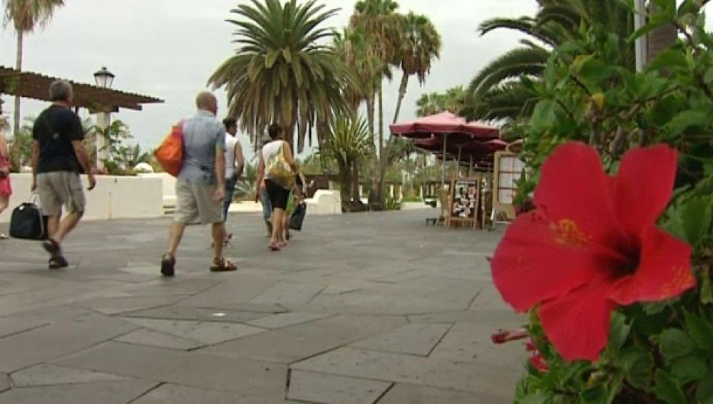 Recorte al turismo senior en Canarias