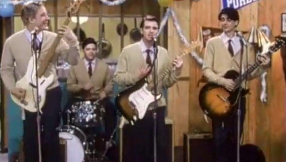 Videoclip de la canción Buddy Holly de Weezer