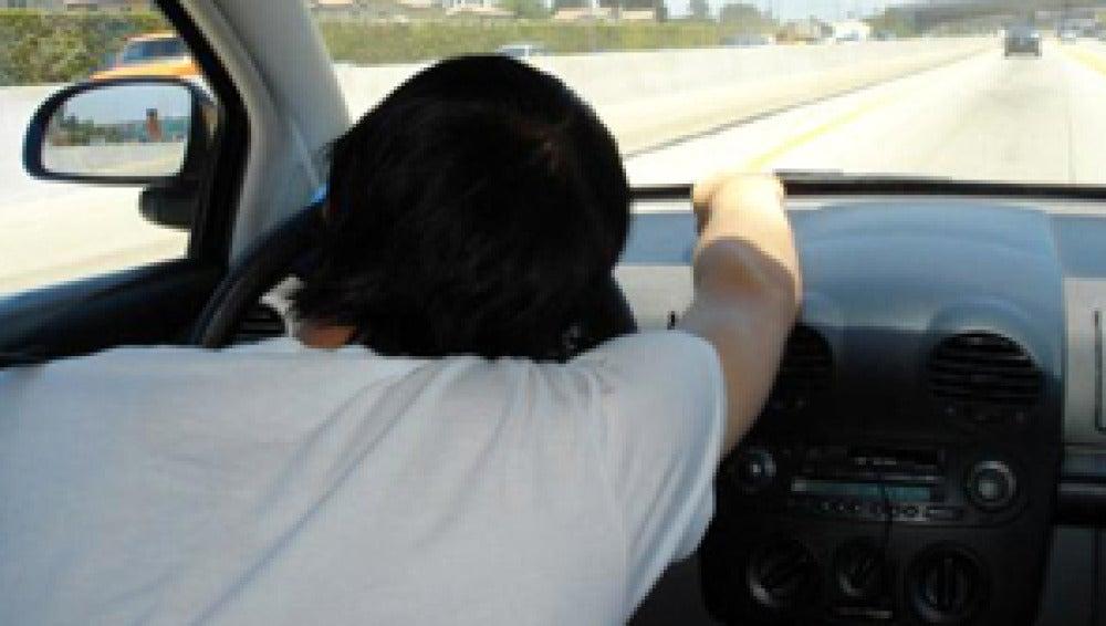 La somnolencia multiplica por siete los riesgos al volante