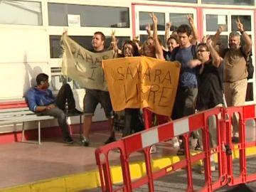 Los 14 activistas canarios agredidos en El Aaiún ya están de vuelta en las islas