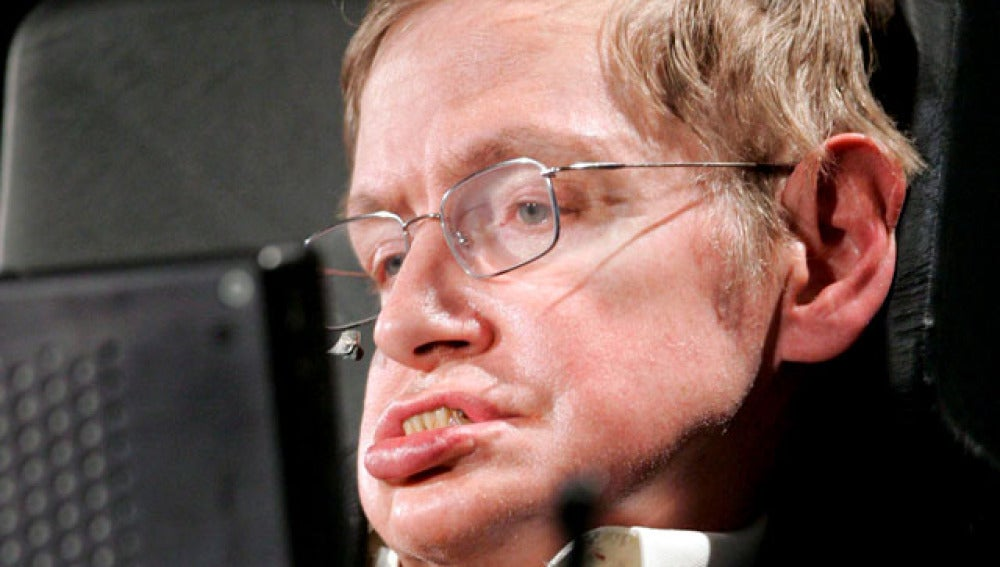 Stephen Hawking ofreciendo un discurso en la Universidad George Washington