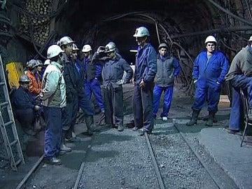Encerrados en la mina