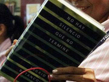 Polémico segundo libro de Betancourt