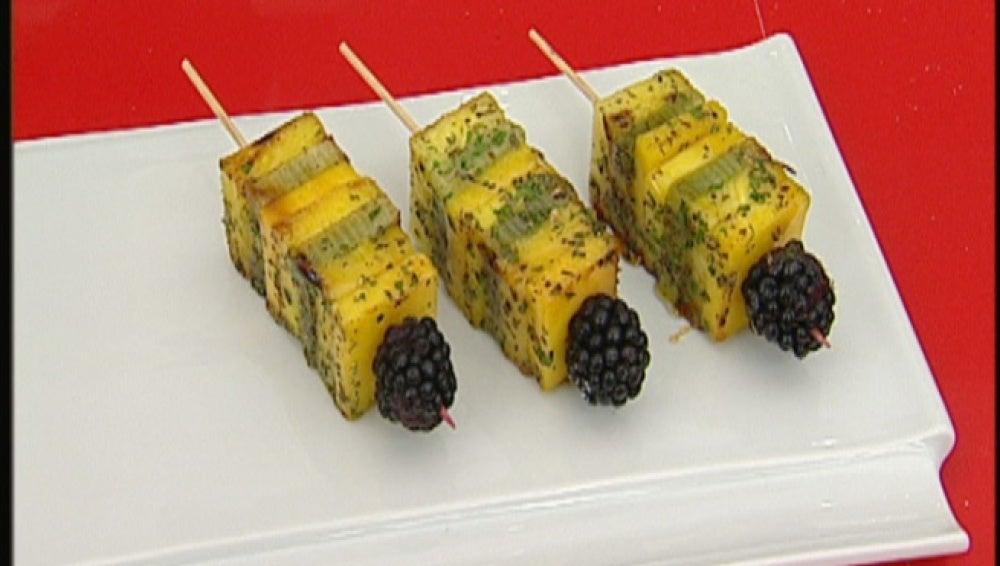 Frutas especiadas a la parrilla