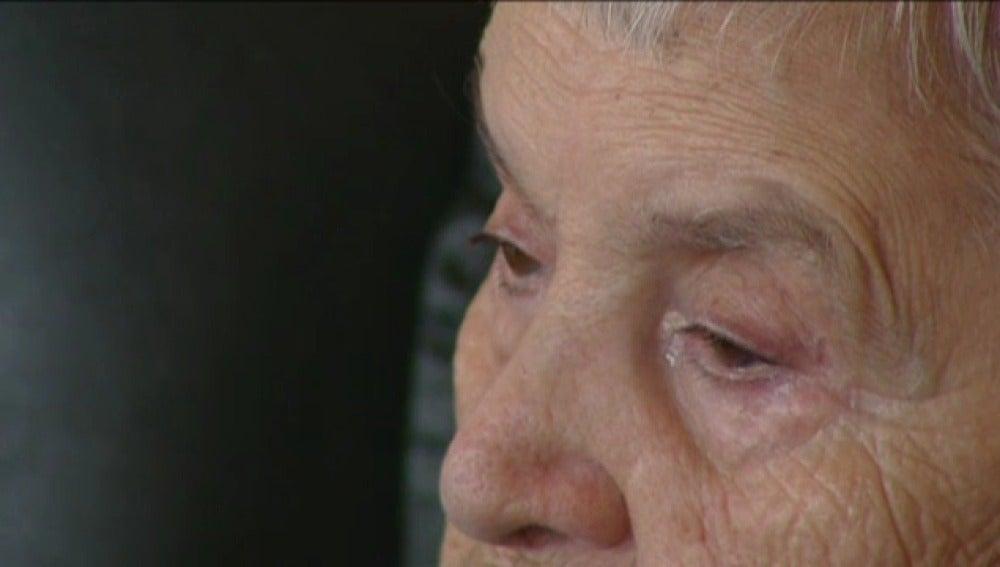 Anciana con Alzheimer