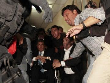 "Correa: ""Si quieren matar al presidente aquí está"""
