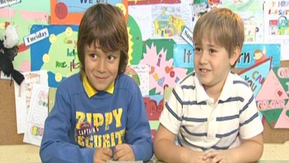 Roberto y Fernando en la Escuela de Chistes
