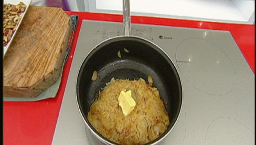 Chuleta rellena con mermelada de cebolla