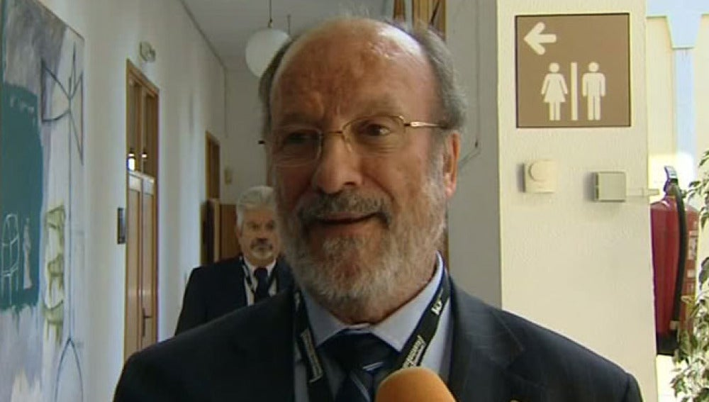 Javier León de la Riva