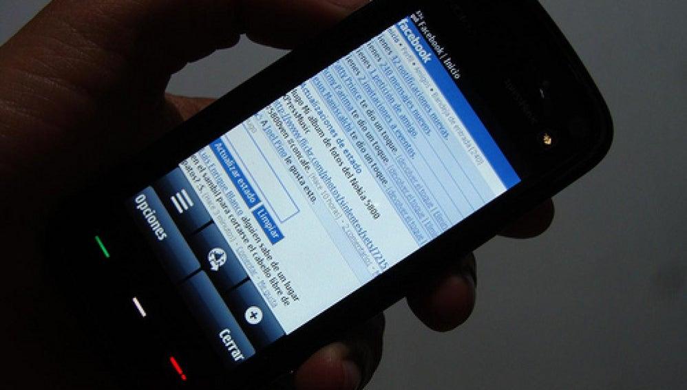Un usuario de Facebook móvil