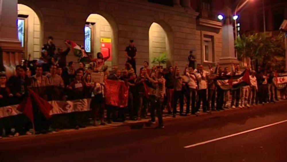 Manifestación pacífica en las capitales canarias