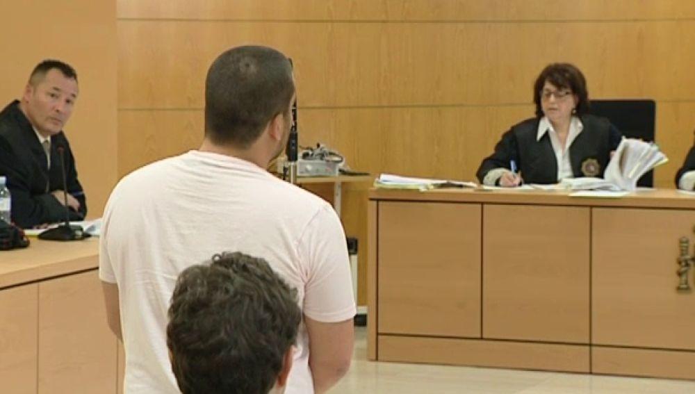 Piden 25 años para los 3 acusados por la muerte de Memo