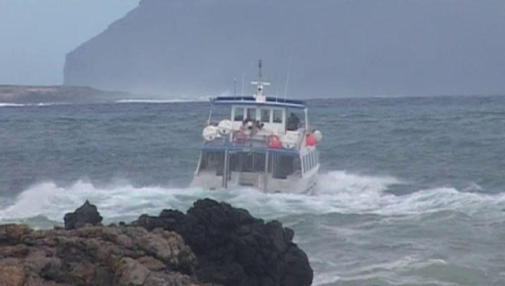 Canarias en alerta naranja por fuerte oleaje
