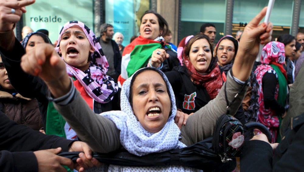 Concentración en el consulado de Marruecos en Bilbao