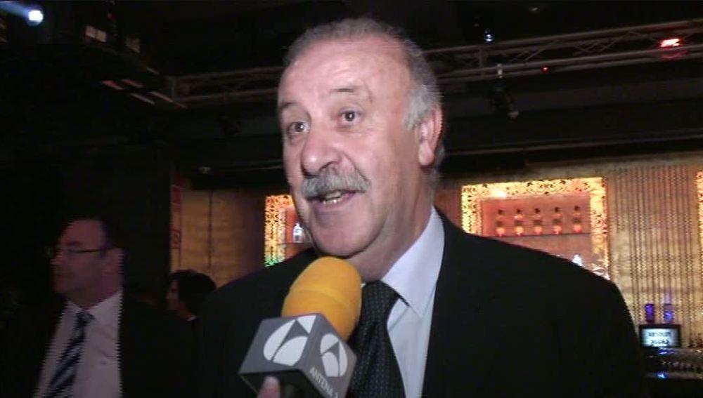 Vicente del Bosque recibe el premio Espejo Público