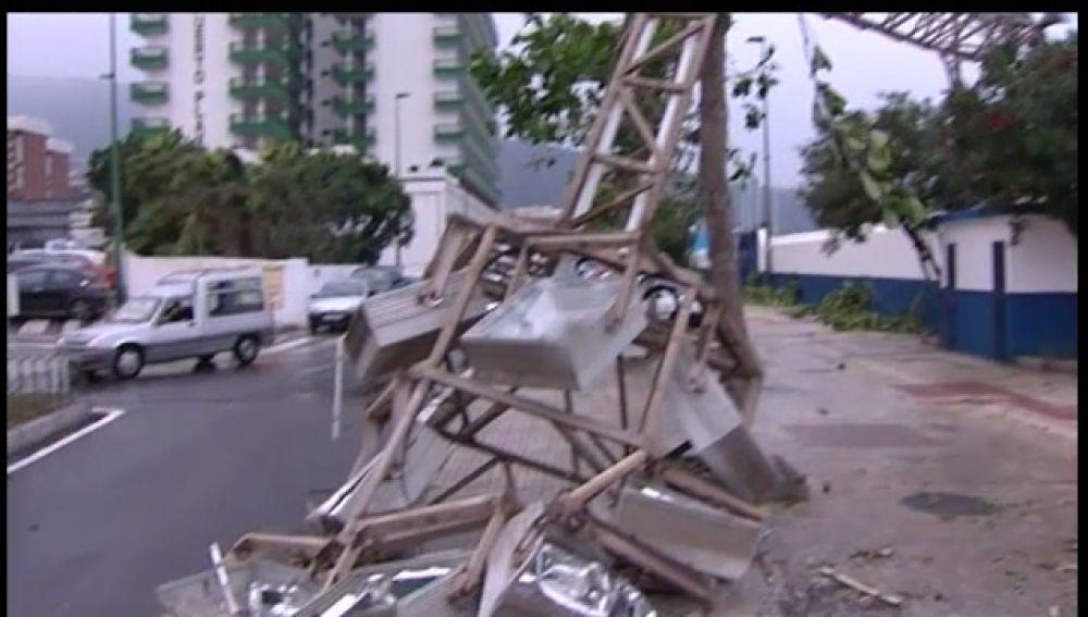 Cuatro torretas de luz dejan sin luz a vecinos de Los Realejos y Arico
