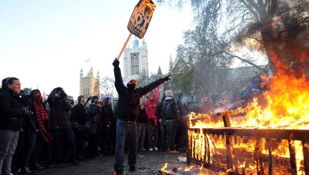 Disturbios estudiantiles en Londres