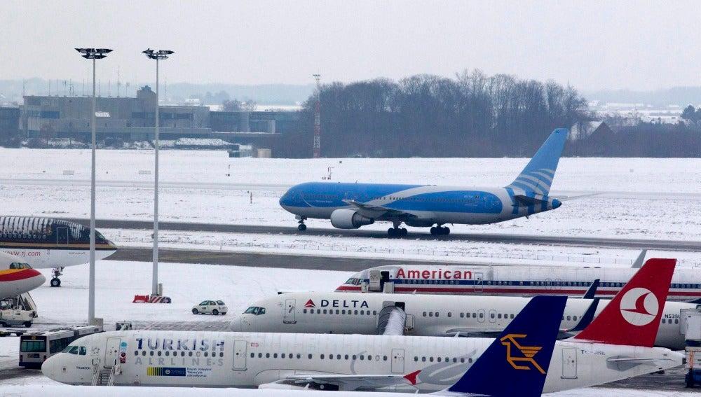 Cierran los aeropuertos belgas