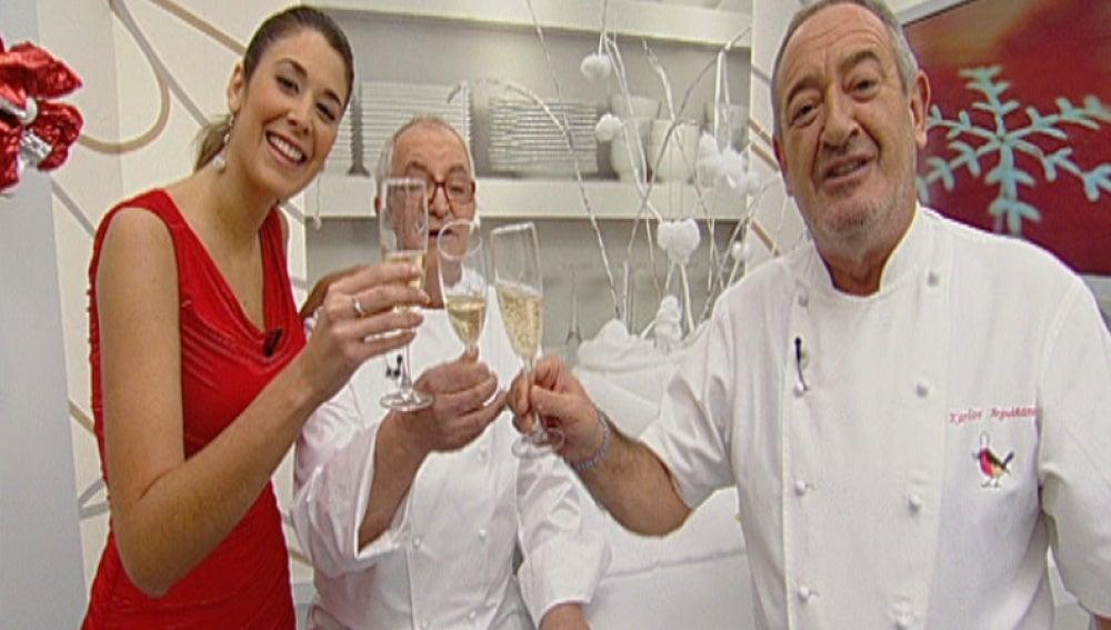 Cocina Con Arguiñano Antena 3 | Antena 3 Tv Arguinano Ainhoa Y Arzak Brindan Por El 2011