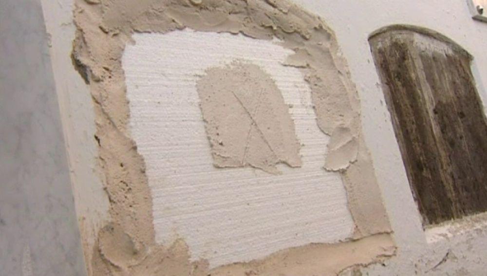 Roban siete cadáveres del cementerio de Arico