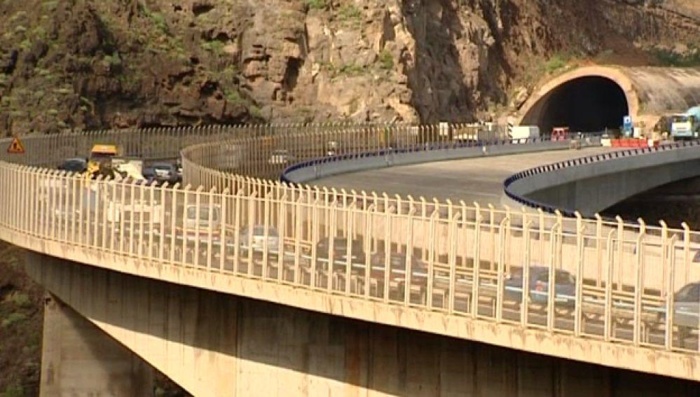 Más retrasos en el desdoblamiento de la Gran Canaria 2