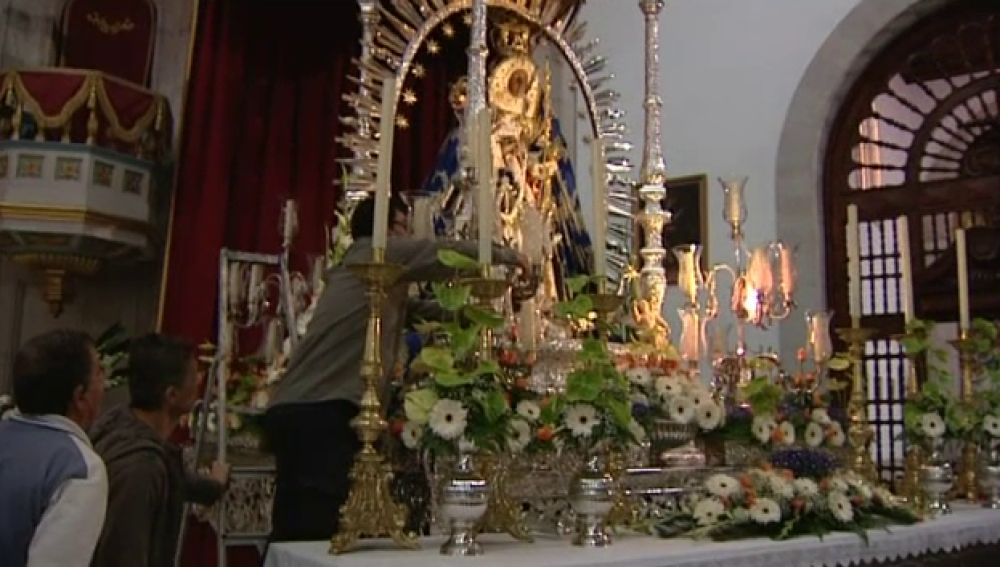 Candelaria se prepara para recibir a miles de devotos