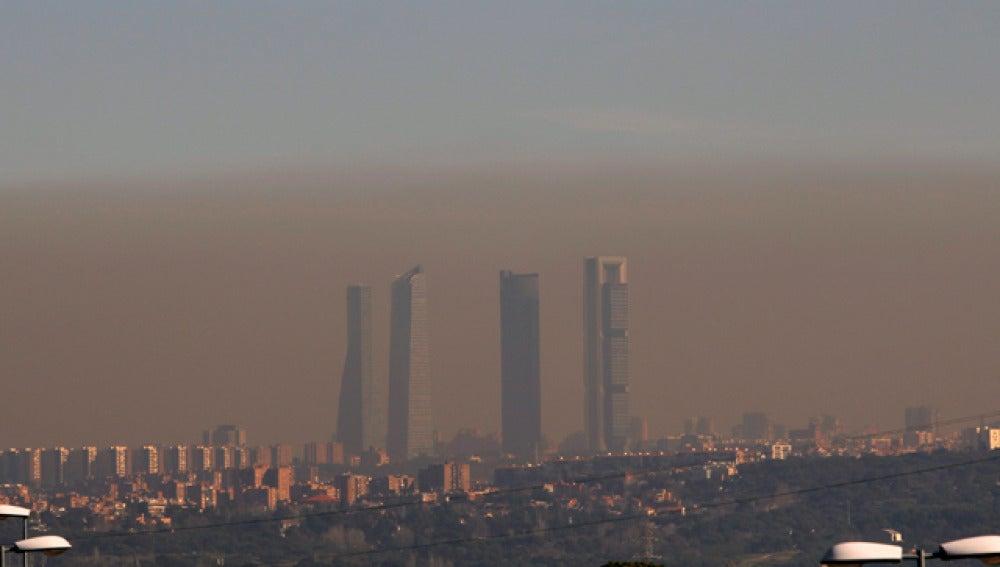 Madrid, envuelta en una espesa bruma