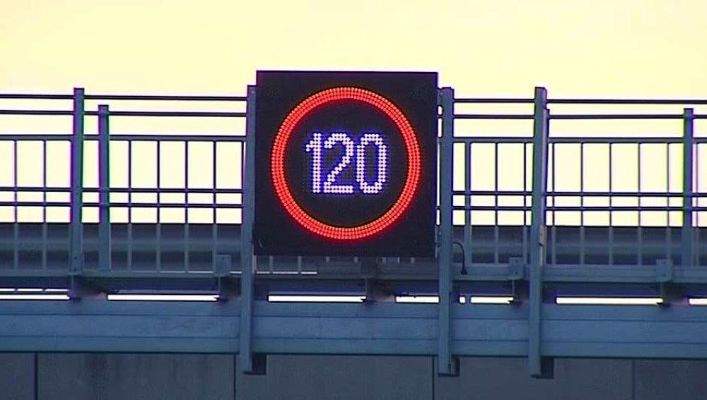 Límite de velocidad en los accesos a Barcelona