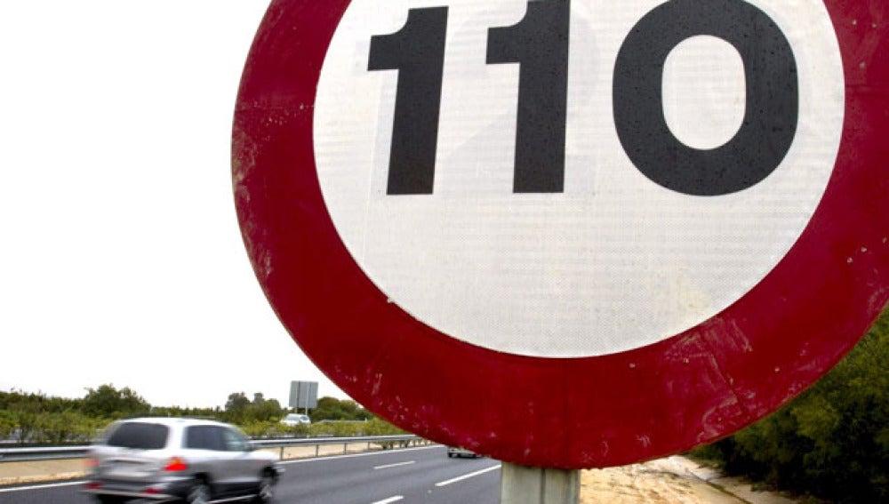 A 110km/h por autopistas y autovías