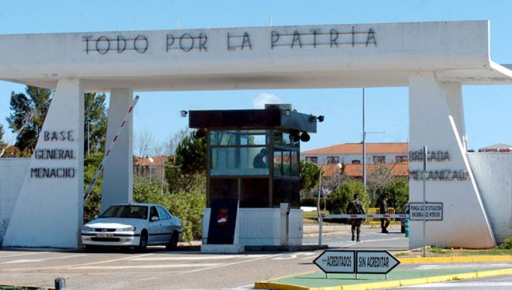 Puesto de control de la Base General Menacho de Badajoz