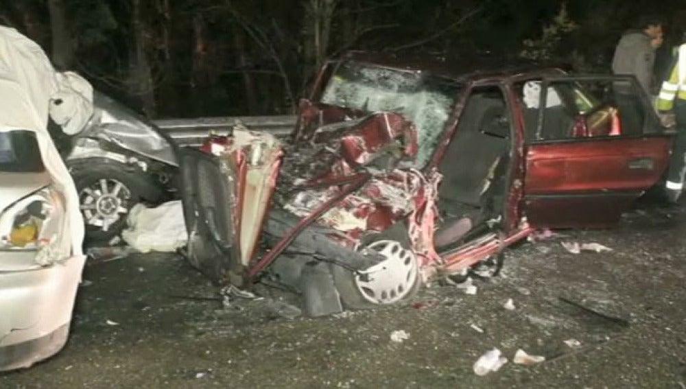 Seis muertos y un herido grave en las carreteras este fin de semana(13-03-2011)