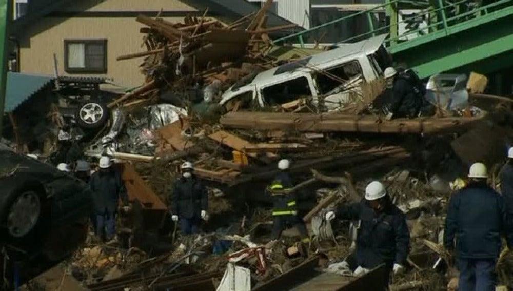 Un edificio destruido por el tsunami de Japón